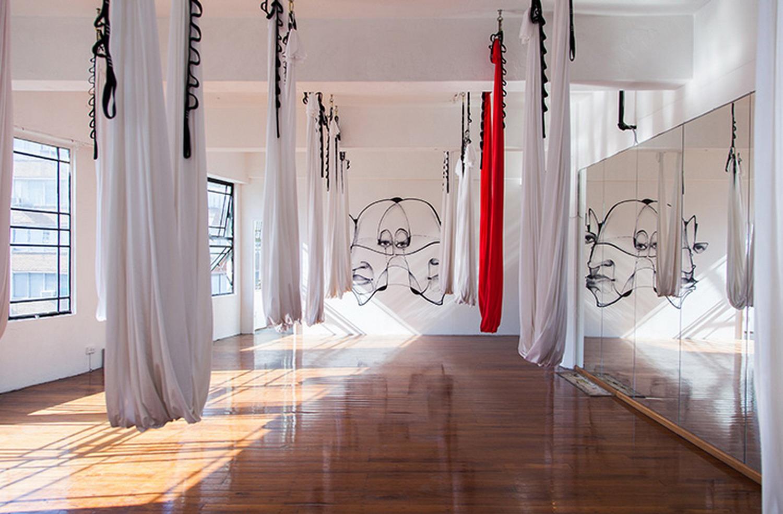 个性化定制瑜伽馆室内装修效果图