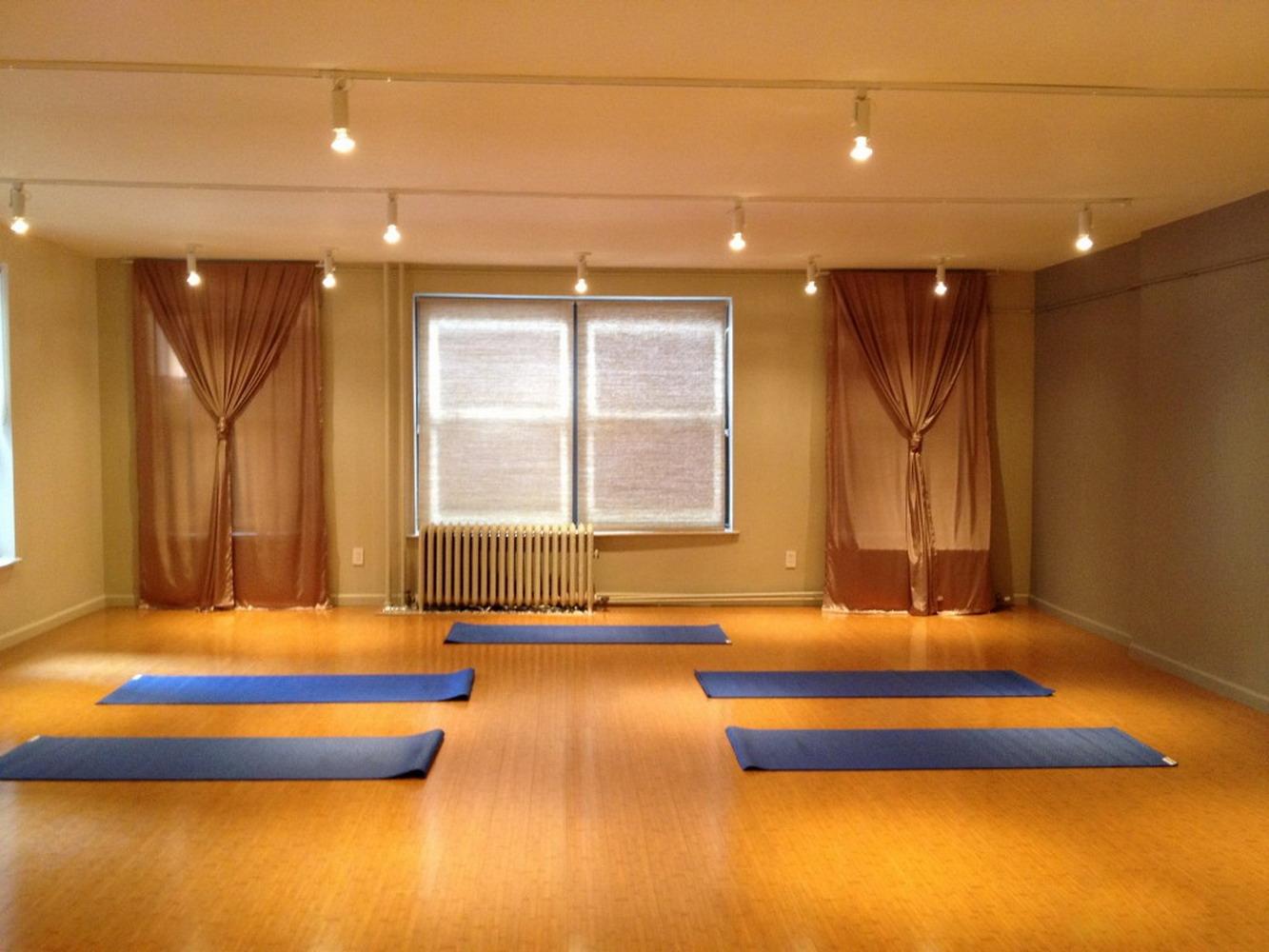 小平米瑜伽馆室内装修效果图