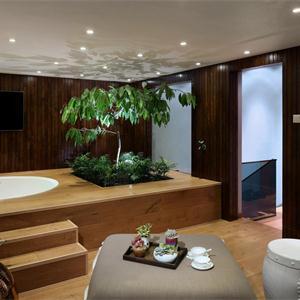 榻榻米式浴室