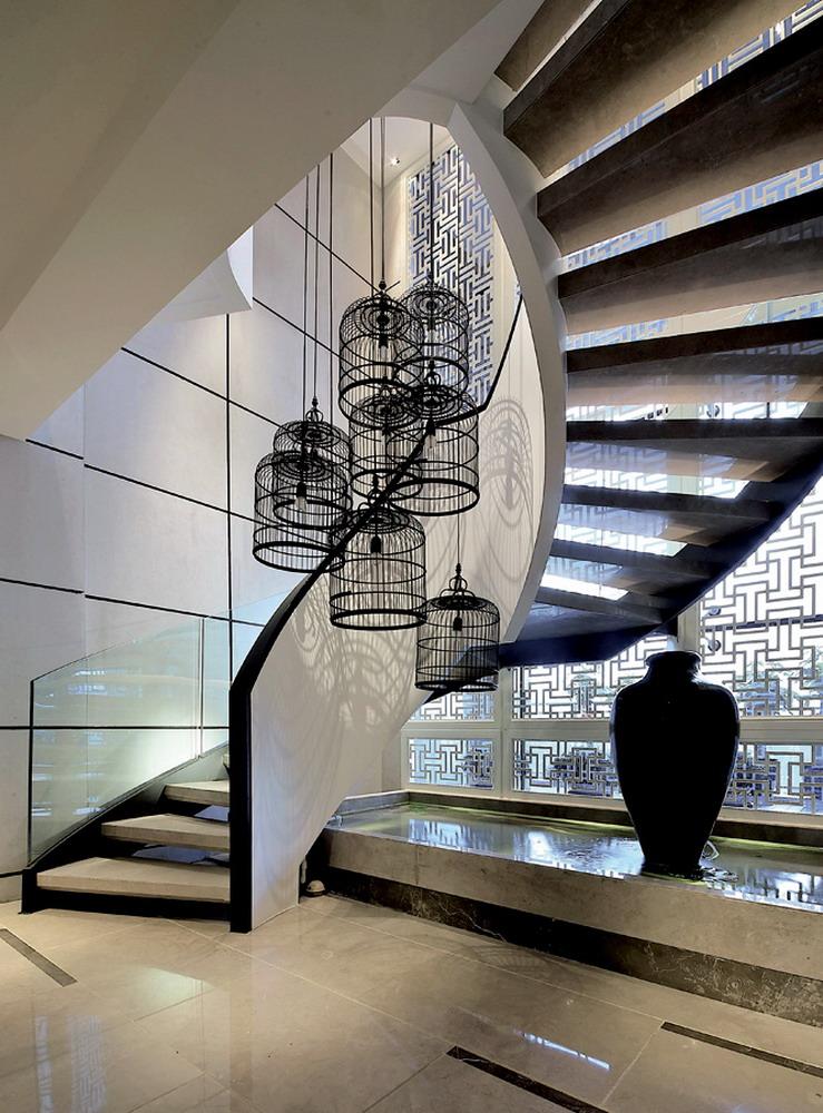 螺旋上升的楼梯