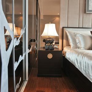 古典中式风格三居卧室装修效果图