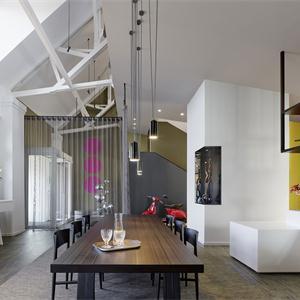 現代簡約四居室餐廳裝修效果圖