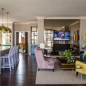 欧式豪华别墅客厅装修效果图