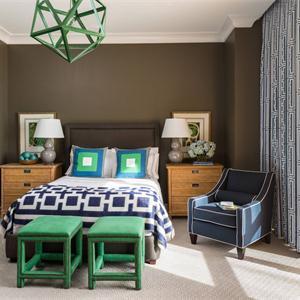 美式新古典风格卧室装修搭配图