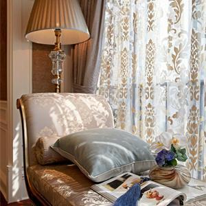 豪華歐式風三居臥室裝修效果圖