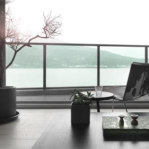 苏州绿地中心简约风露天阳台