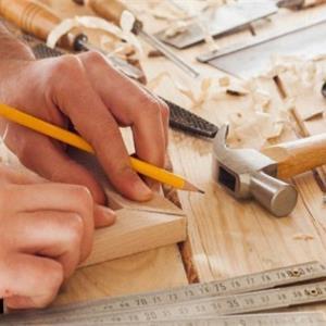 2020装修请木工师傅多少钱一天?装修木工工资计算方式