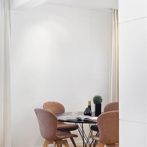 法式简约风格装修客厅实景图