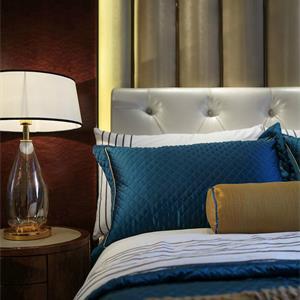 100平美式风卧室装修效果图
