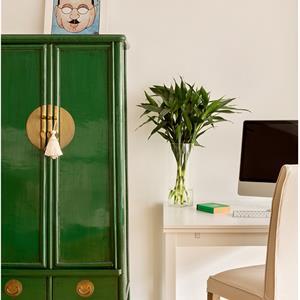 美式三居室装修客厅一角效果图